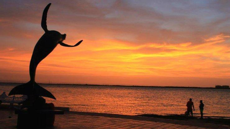portada-Malecon-La-Paz-Foto-Viva-la-Paz